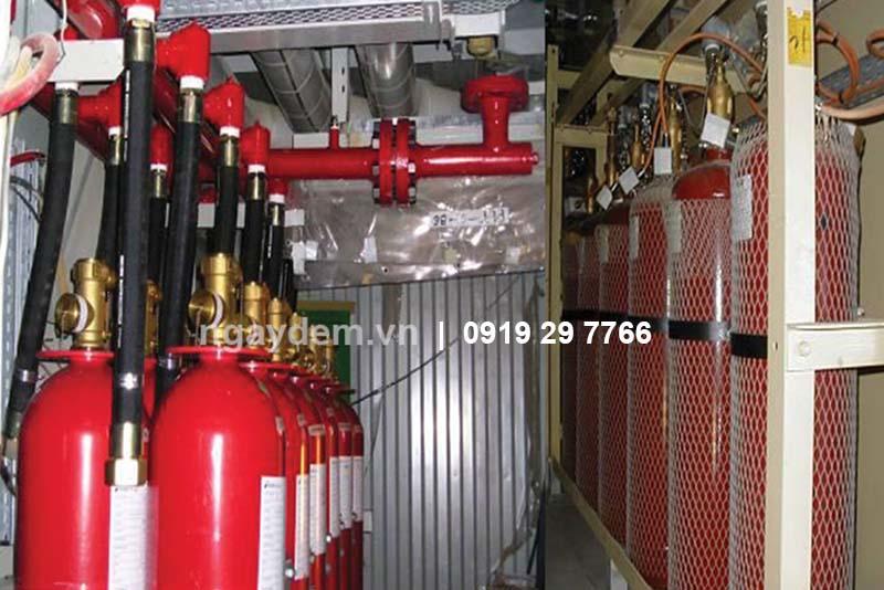 Thi công hệ thống chữa cháy bằng bình chứa cháy